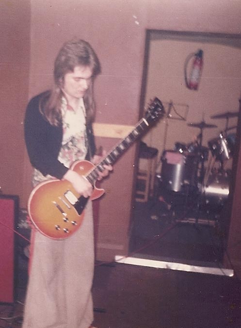 Me, age 19 - dig the mullet!